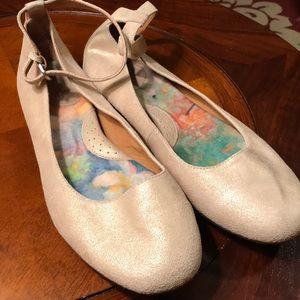 Born Tan Gold Ballet Flats- Sz 9.5